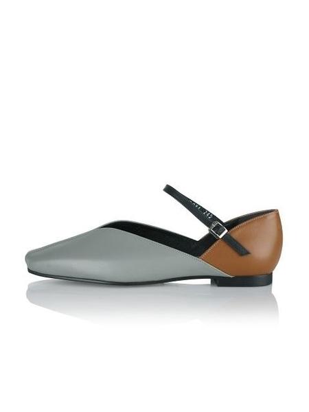 Yuul Yie Flats - Light Grey/Tan
