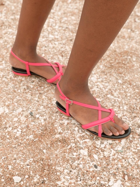 Ditole Poppy Tong Sandals - Hot Pink