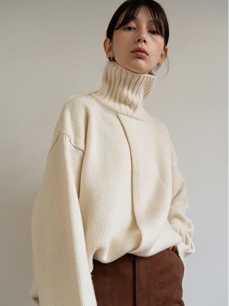 MOIA Open Turtleneck Knitwear - Ivory