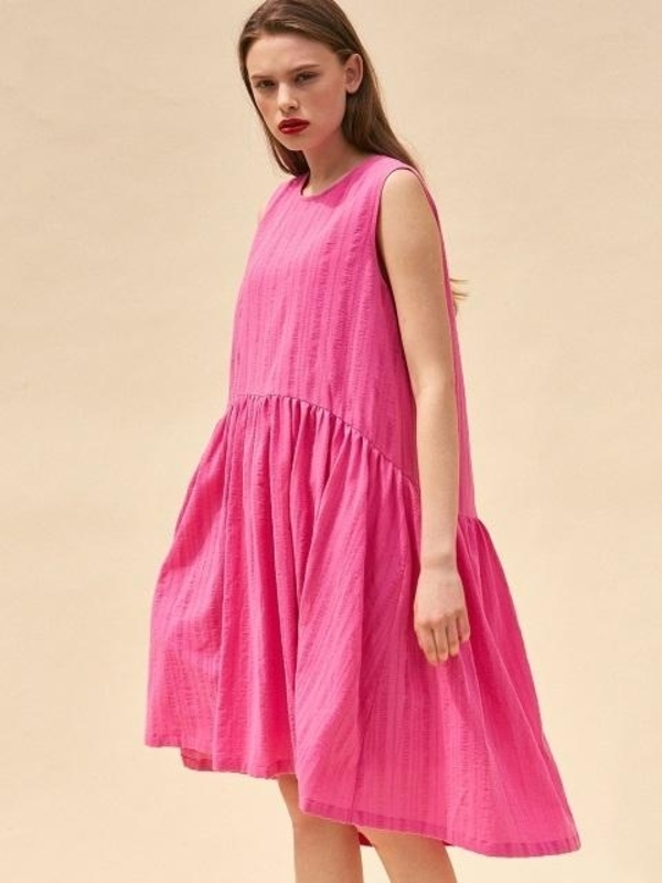 THE SUIN Easy Fit Sleeveless Dress - Hot Pink