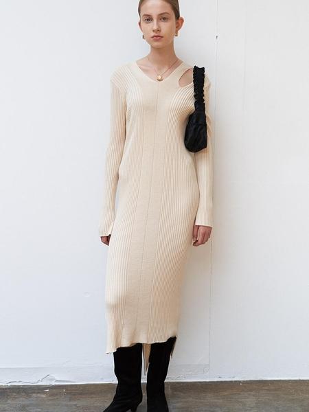 DIAGONAL Slit V-Neck Knit Dress - Beige