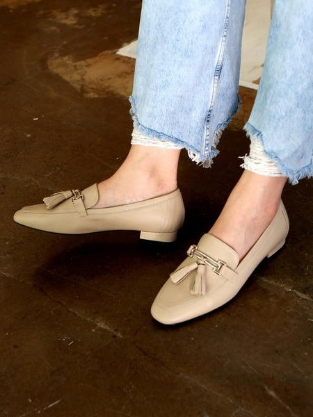 KAREN WHITE Proud Loafers - Light Grey