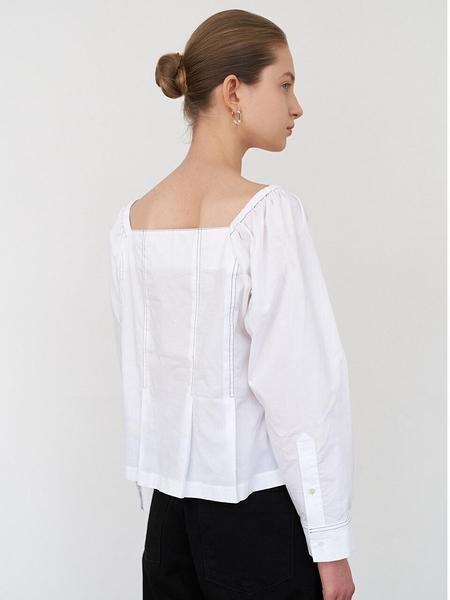 DIAGONAL Square Neck Blouse - White
