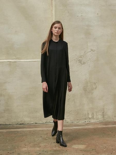 COLLABOTORY Unbalance Pleats Dress