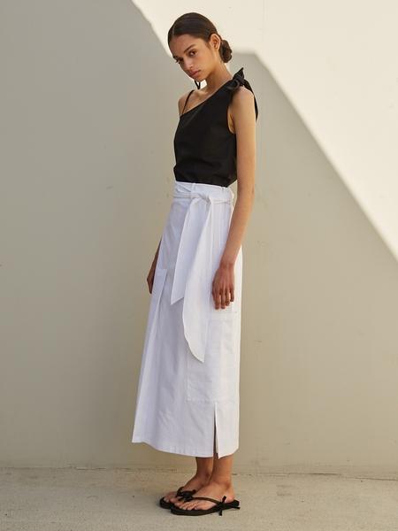 ECOMMAE Unbalanced Ribbon Linen Top - Black