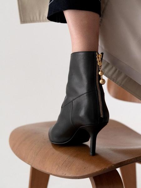 DOUGH Classic Boots - Black