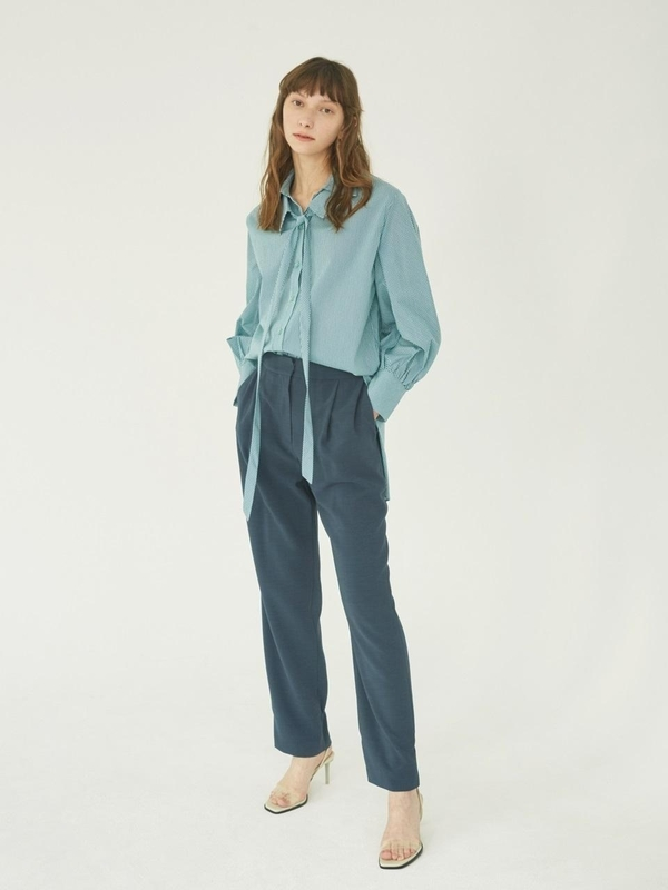 NUVO.10 Silky Tapered Pants