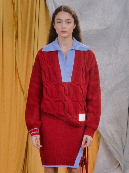 EYEYE Leather Logo Patch Cable Knit Top - Red