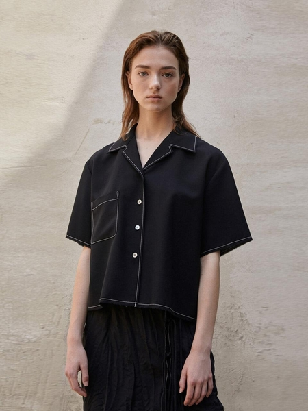 Aeer Pleats Back Blouse - Black