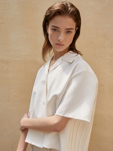 Aeer Pleats Back Blouse - Ivory