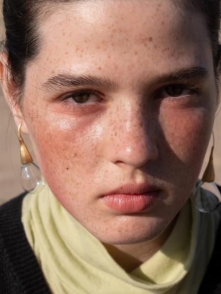 1064STUDIO Deep In Glassland Earrings - White