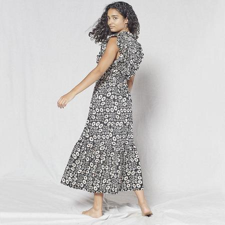 Outerknown Canyon dress - Pitch black wild daisy