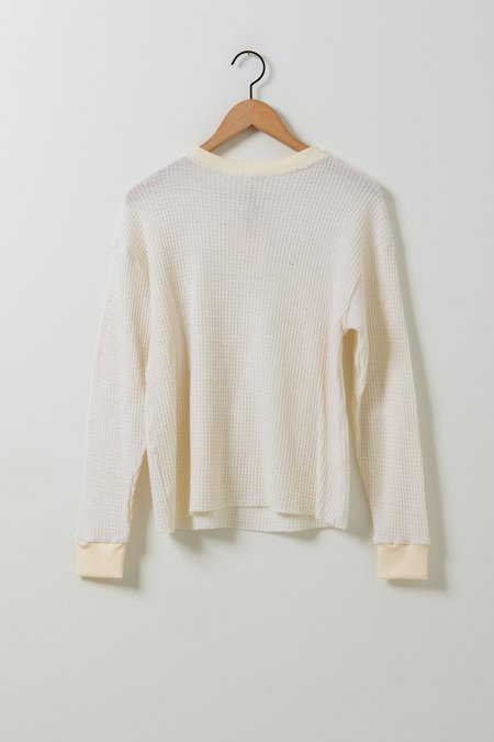 Donni. Thermal Knit Henley - Cream