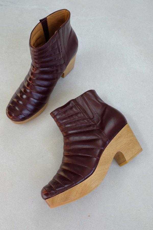 Beklina Ribbed Boot Clog - Baya