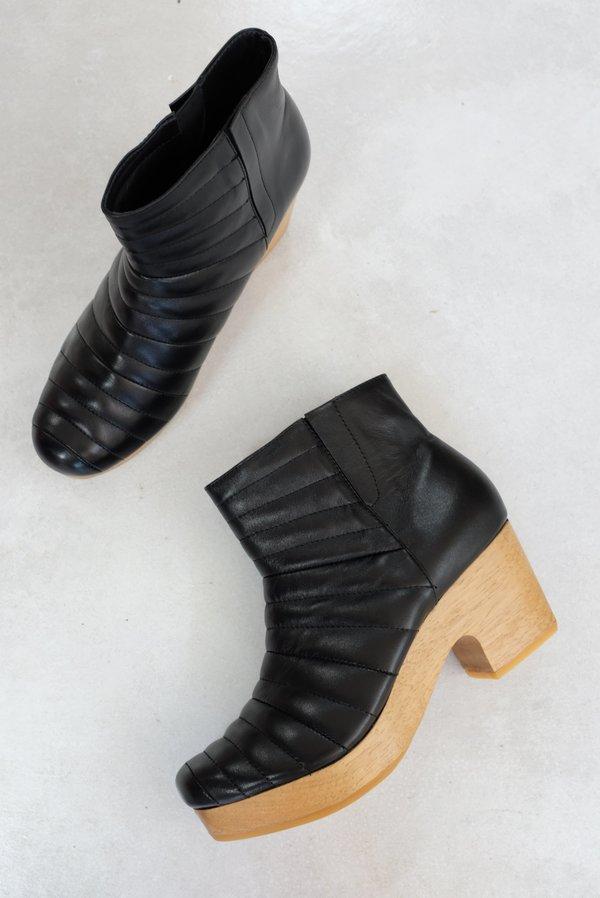 Beklina Ribbed Boot Clog - Black
