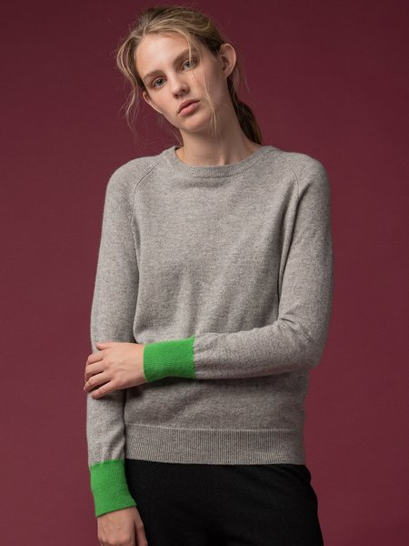 PURE CASHMERE NYC Classic Crew Neck Sweater - Light Grey/Green