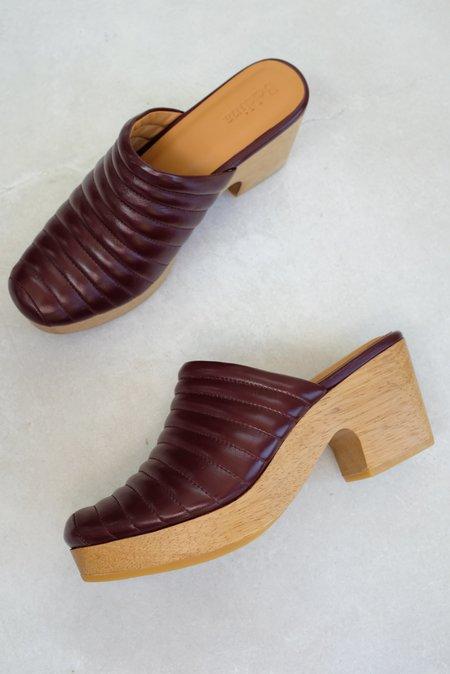Beklina Ribbed Clog - Baya