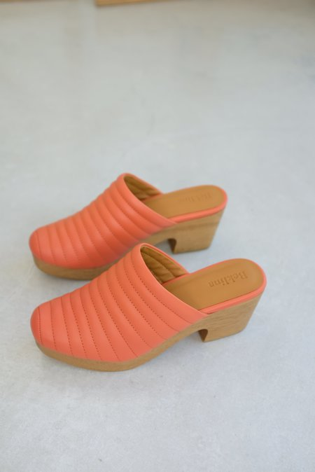 Beklina Ribbed Clog - Fruit