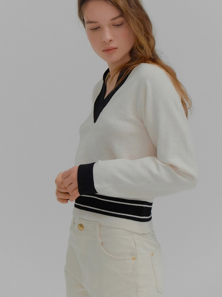EENK Melanie V-Neck Border Stripe Sweater - Ivory