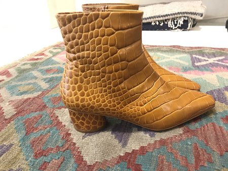 LOQ Matea Leather Boot - Caramelo Croc