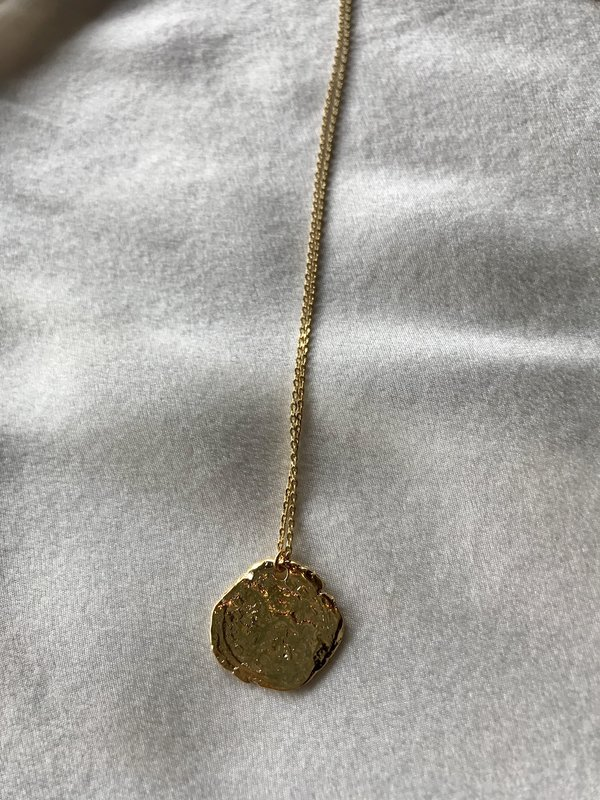 BEFORE MARCH Kate medal necklace - gold