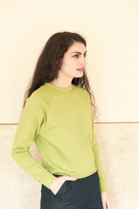 Elise Ballegeer Organic Cotton Raglan Sweatshirt - Lime