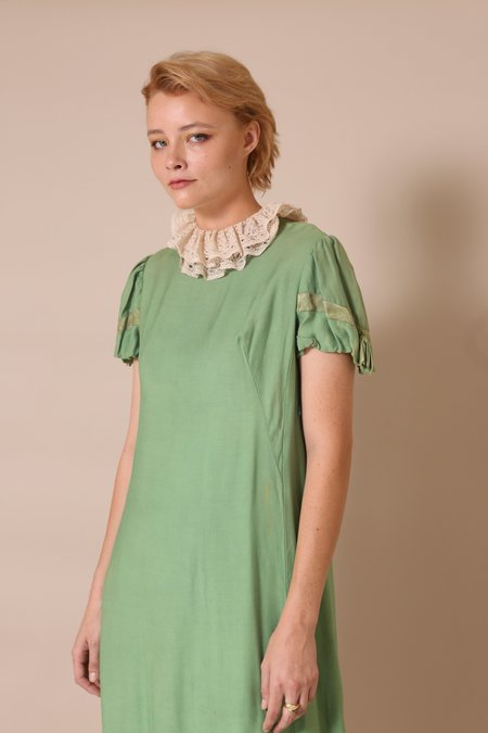"""INTENTIONALLY __________."" ARCHIVE 0170 DOMB DRESS - green"