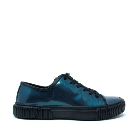 Both CLASSIC LOW TOP TRAINERS - Pearly Blue