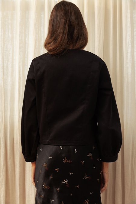 BEFORE MARCH Greta crop jacket - black