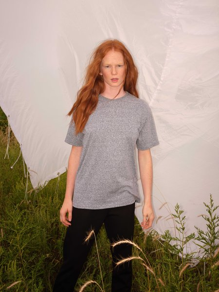 Odeyalo Alma Basic Tee - Heather Grey