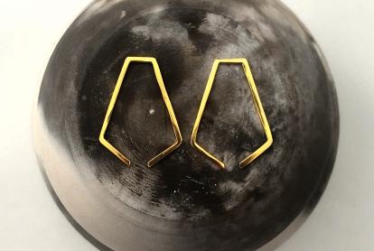 MDG Gold Broken Pentagon Earrings