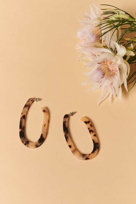 Machete Margot Hoops - Blonde Tortoise