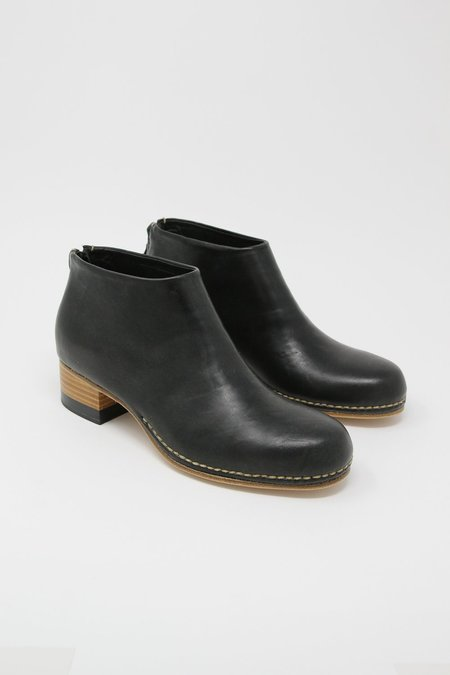 FEIT Bi-Color Ceremonial Mid-Heel Boot - Black