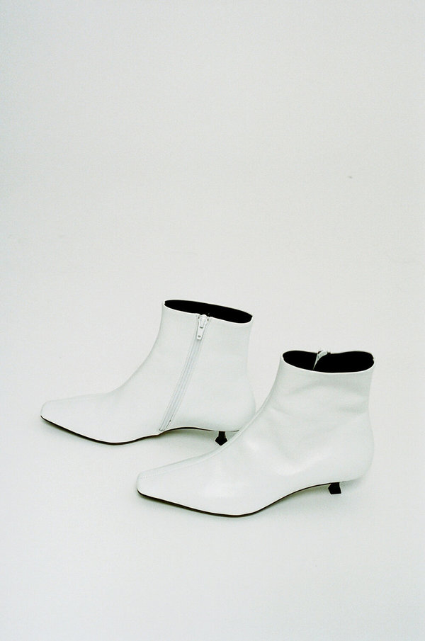 BY FAR Laura Ankle Boots - White