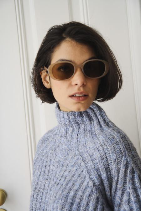 Vintage 90s Wide Oval Sunglasses
