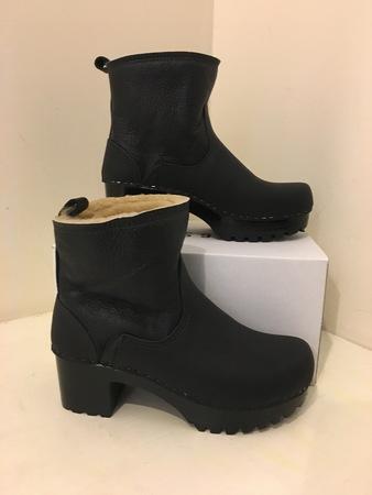 No.6 Shearling Clog Boot