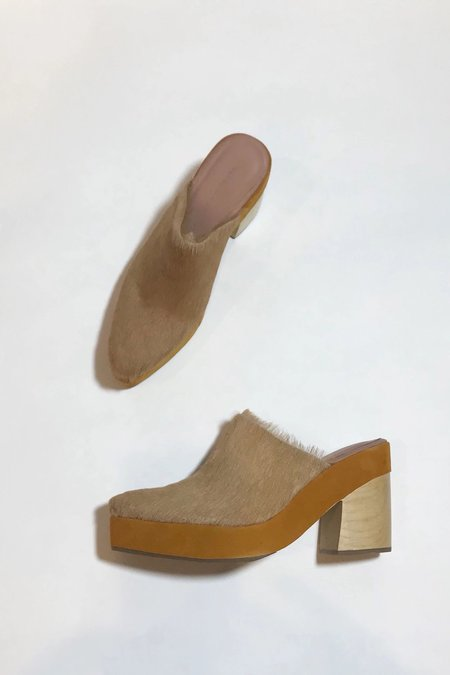 Rachel Comey Cow Leather Bandy Clog - Camel