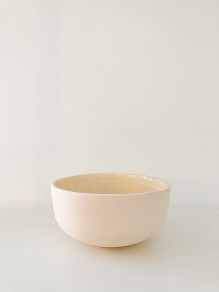 Peaches The Studio Frost Serving Bowl - Peach