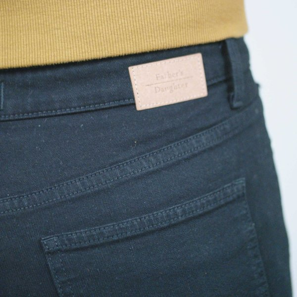 Father's Daughter LA Ally High Rise Tapered Crop Jean - Black