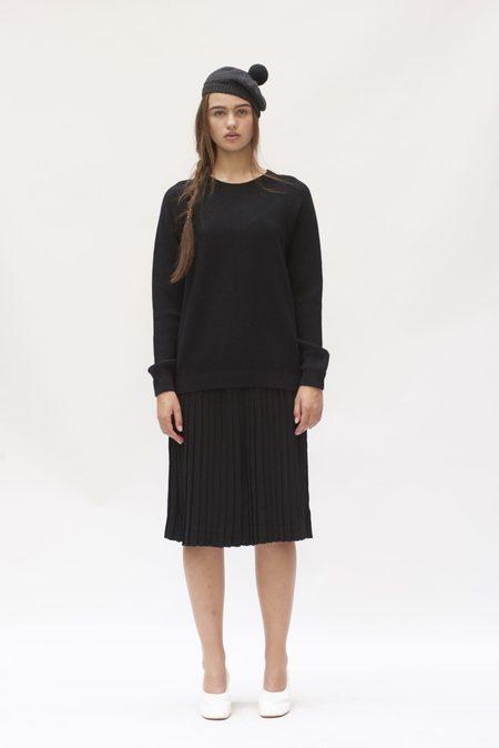 Hesperios Fårö Sweater Dress - Black