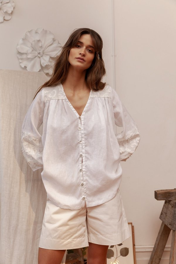 BEFORE MARCH Smock top - white