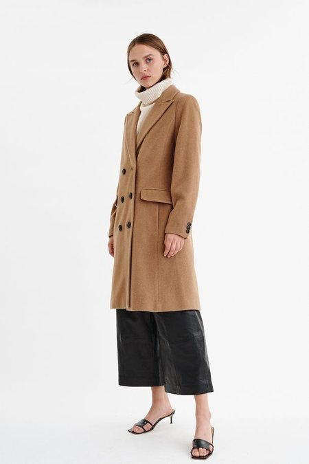 In Wear Coat - Caramel