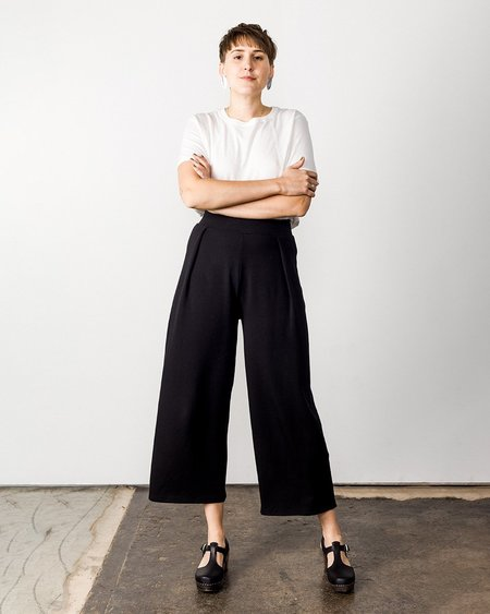 Corinne Jojo Pleat Pant - Black
