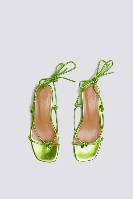 LOQ Apple Dora Sandal - Green Metallic
