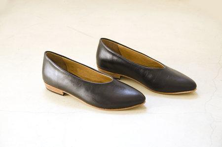 Zou Xou Glove Flat - Black Glaze