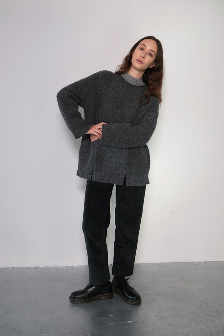 Daēza Long Panel Sweater - Pepper