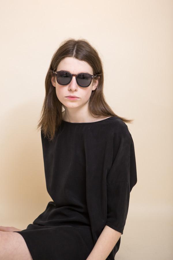 82a0a8cfb6 Le Specs Bandwagon Sunglasses   Matte Tort