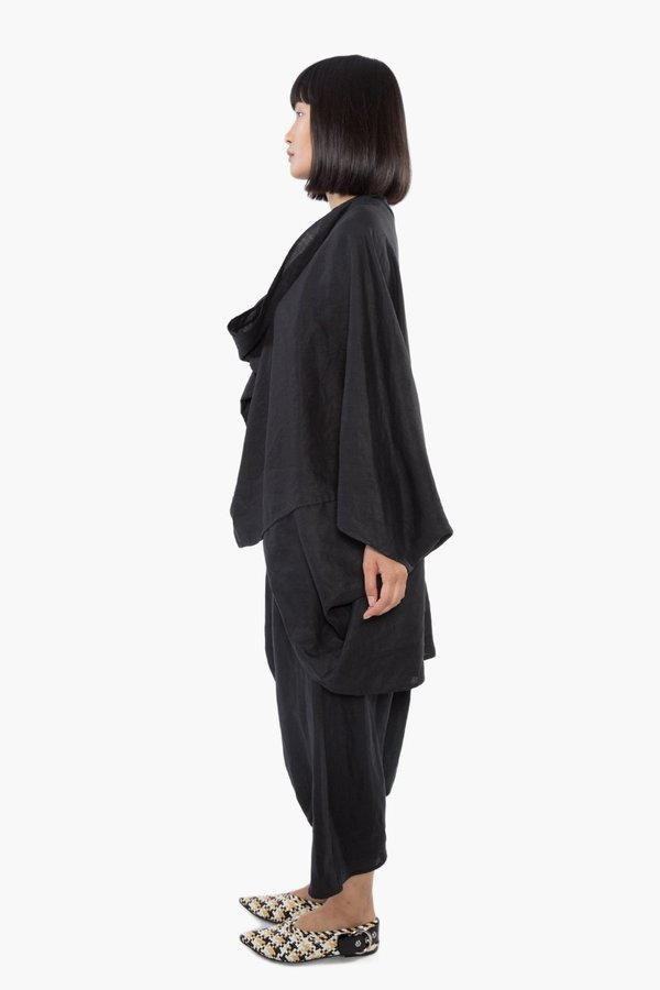 The Celect Poncho Top - Black
