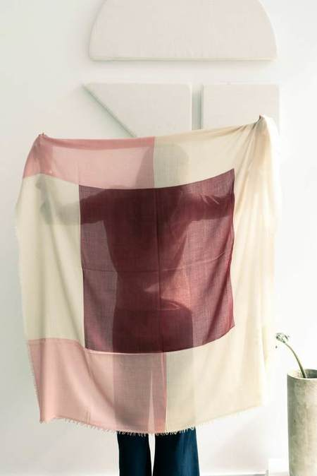 Variously Blok Rosewood Scarf - Shades of Rose