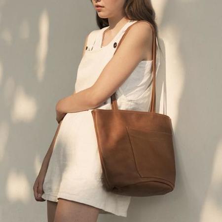 Erin Templeton Bucket Bag - Caramel